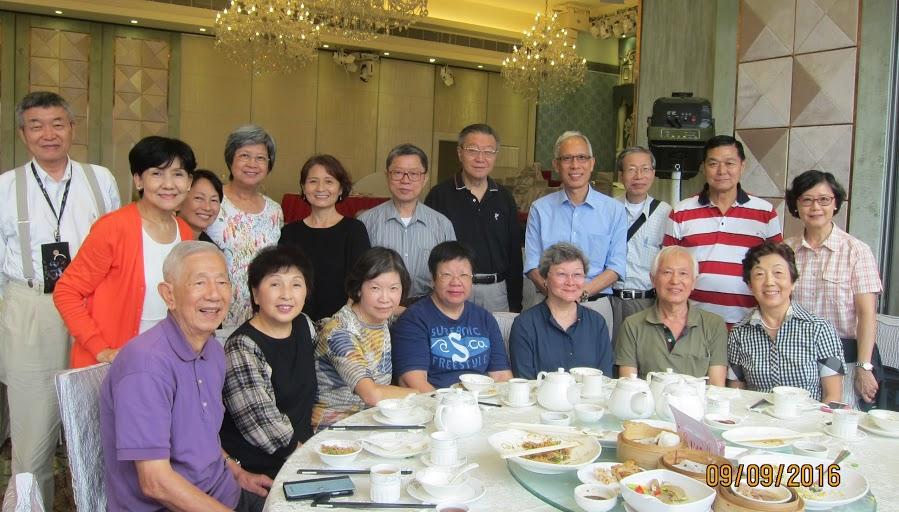 2016 Fall Group Photo in Hong Kong