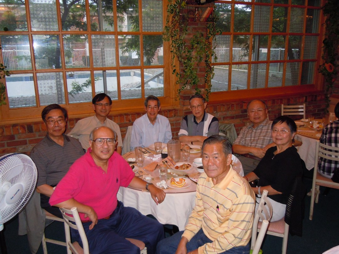 Photo of TWGSS June 4 Reunion Vancouver CA